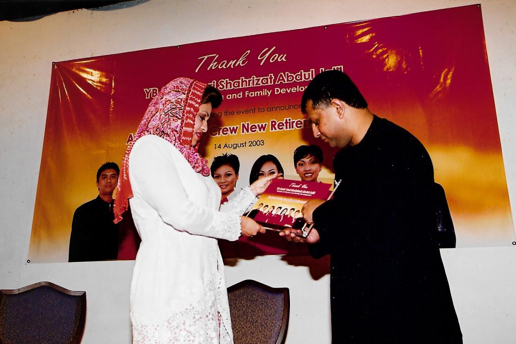 airasia Cabin Crew New Retirement Age 55 (12)