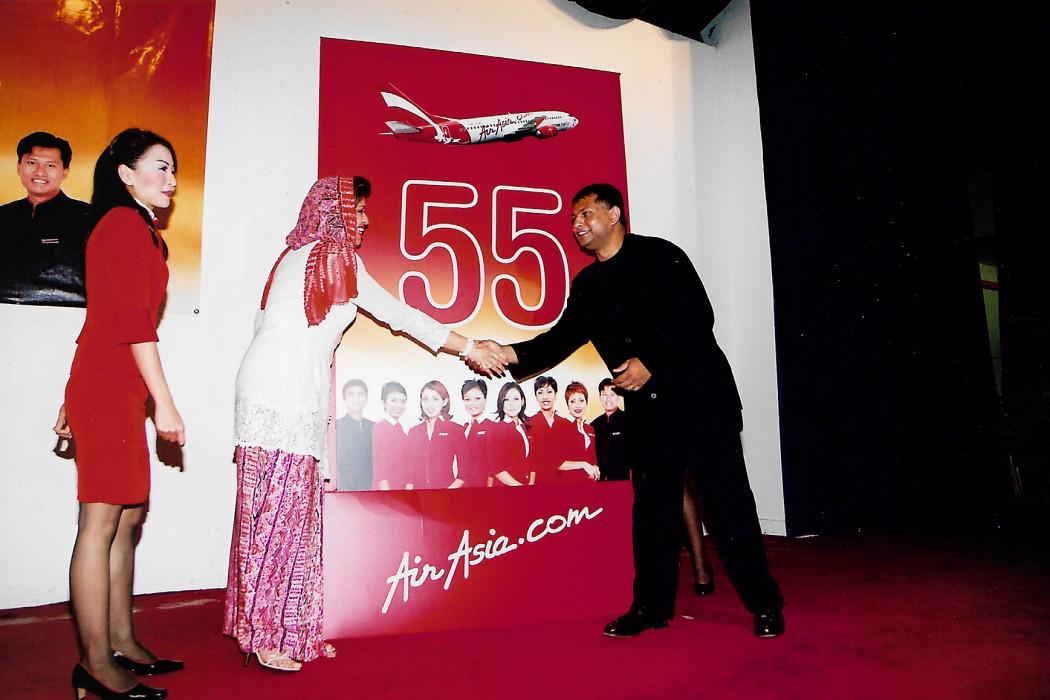 airasia Cabin Crew New Retirement Age 55 (5)