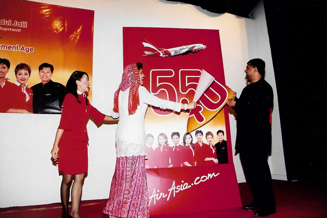 airasia Cabin Crew New Retirement Age 55 (7)