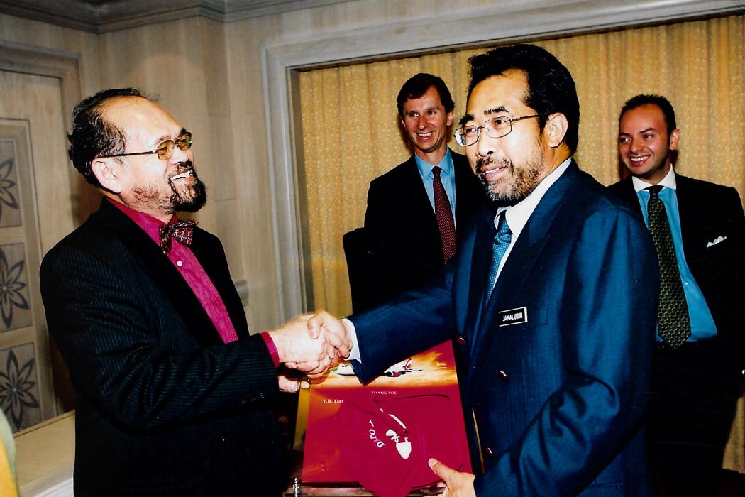 airasia Unveils Partners (2)