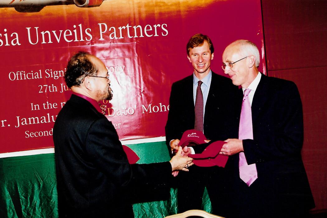 airasia Unveils Partners (5)