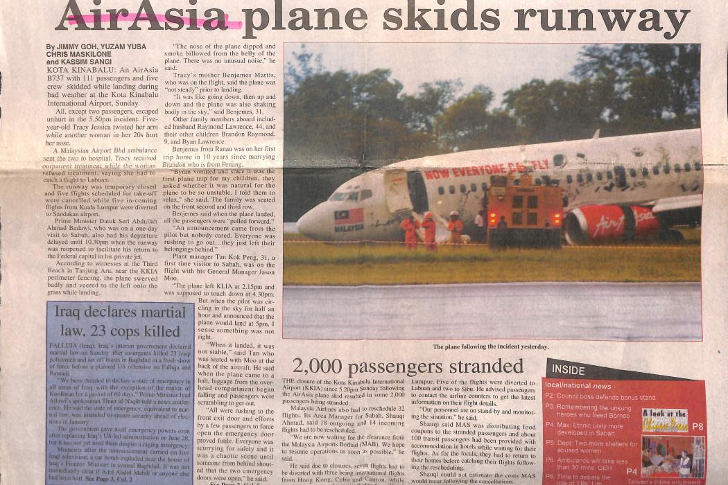 airasia plane skids runway