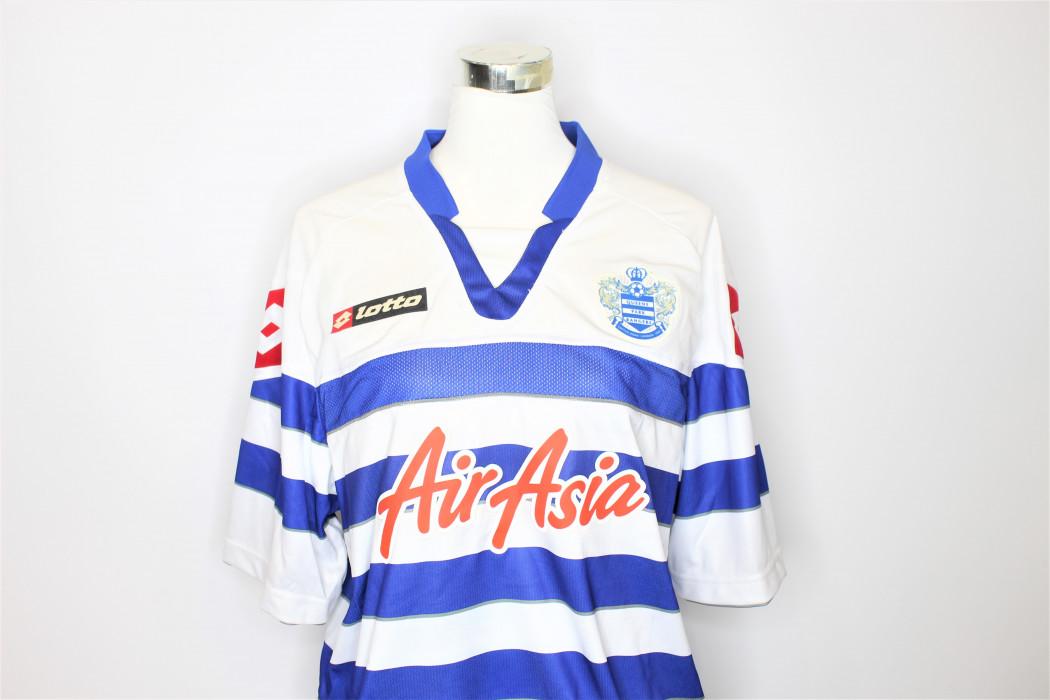 airasia x QPR (White & Reflex Blue) (1)