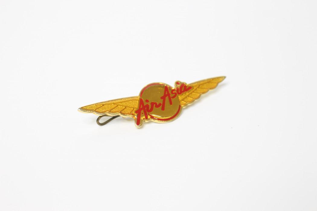 Capt. Fareh airasia wing epoxy pin (2)