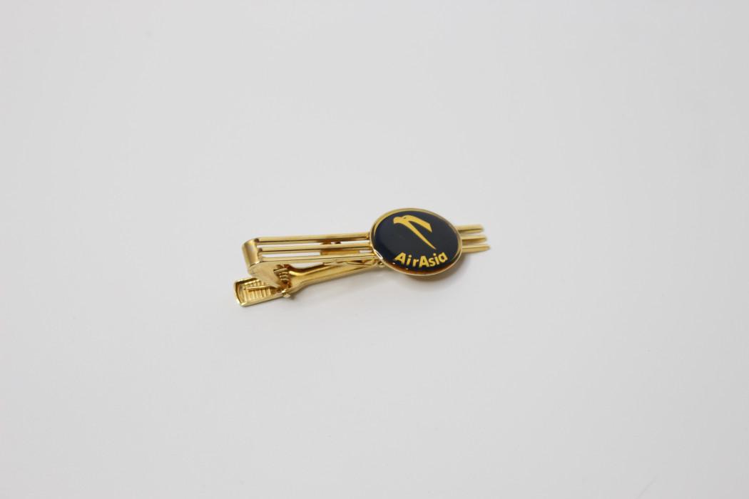 Ong Soon Yee airasia tie clip (oval) - DRB HICOM (1)