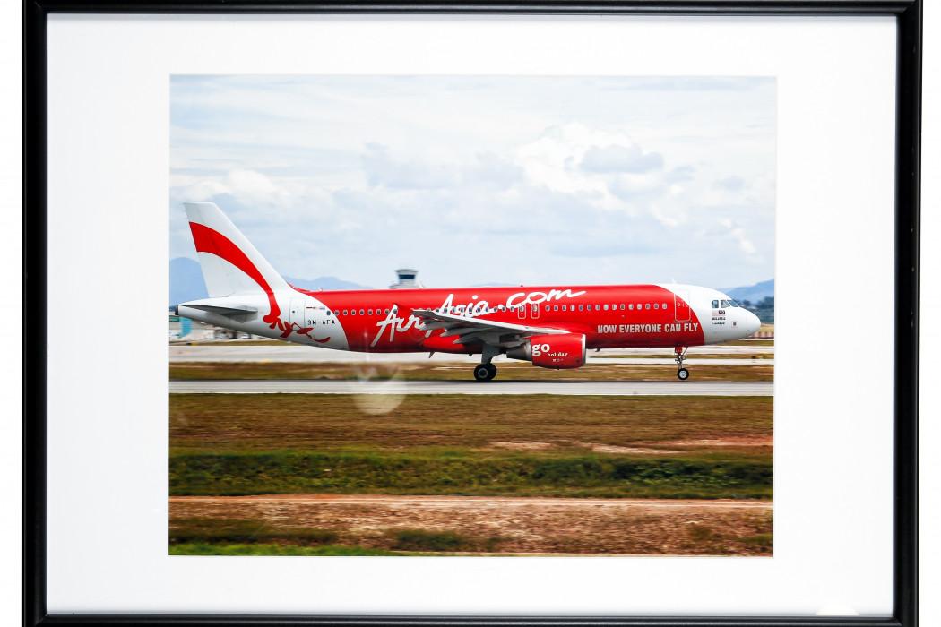 Photo Of 9M AFA With airasia.com Livery
