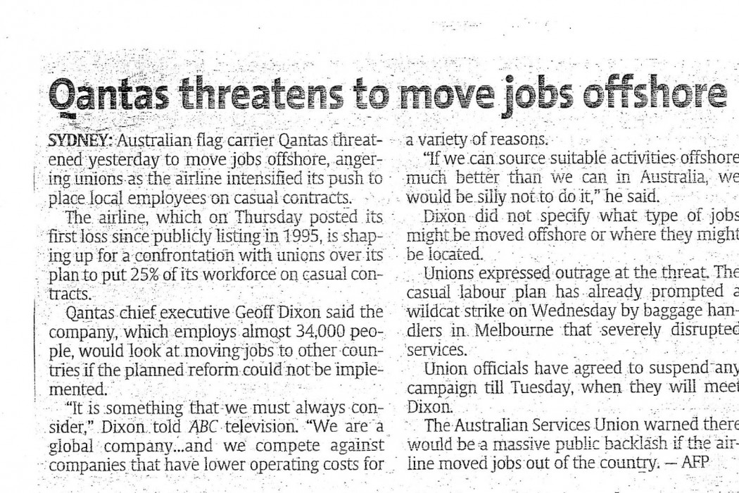 Qantas threatens to move jobs ashores