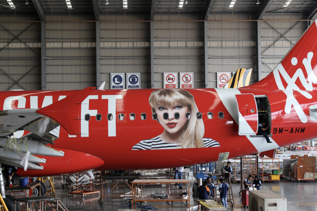 Taylor Swift_Livery_3